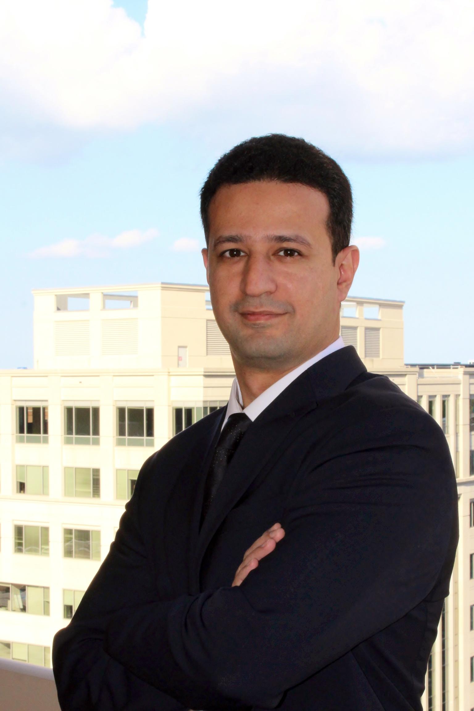 Adnan Bokhari headshot